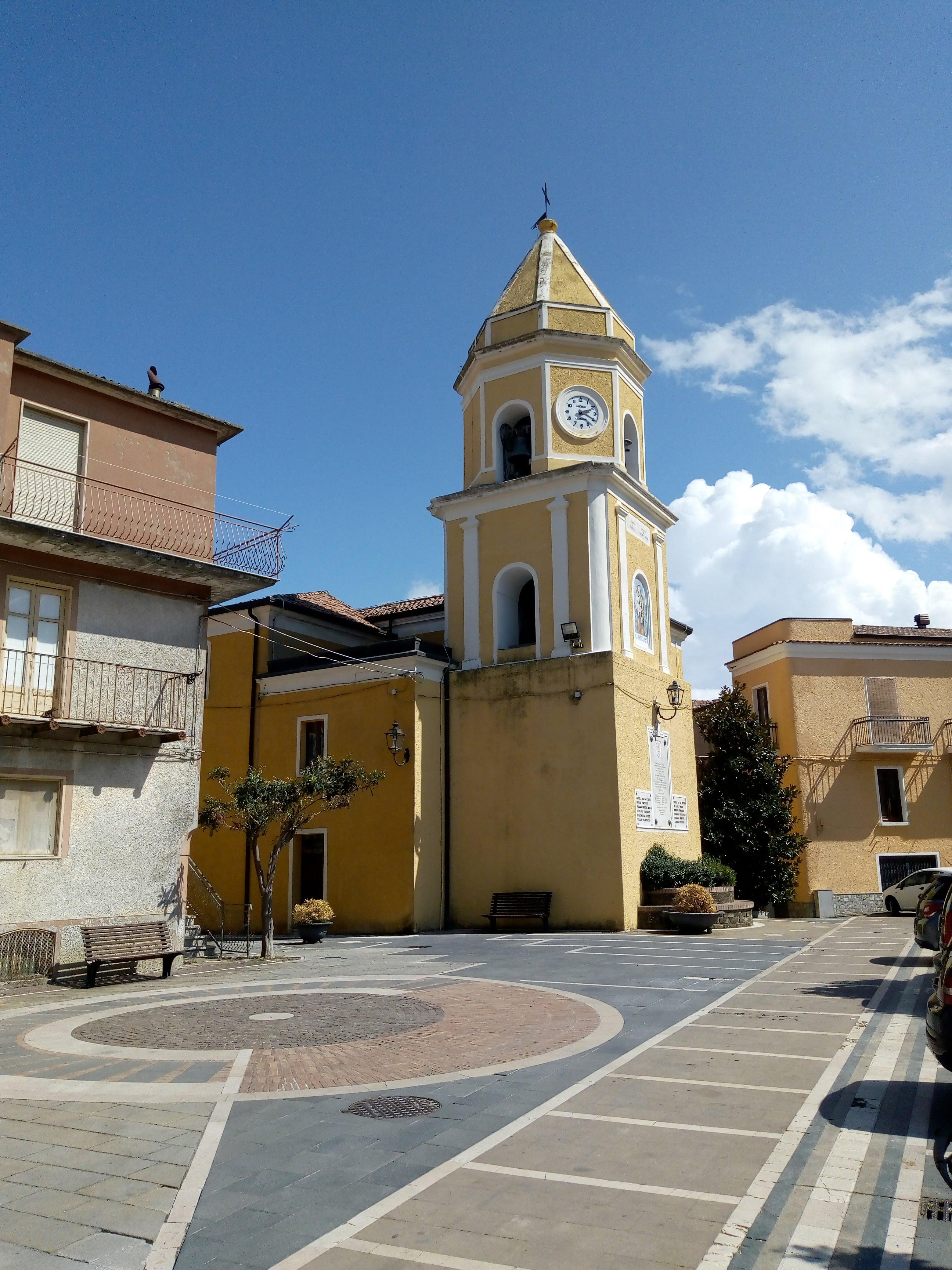 chiesa-piazza