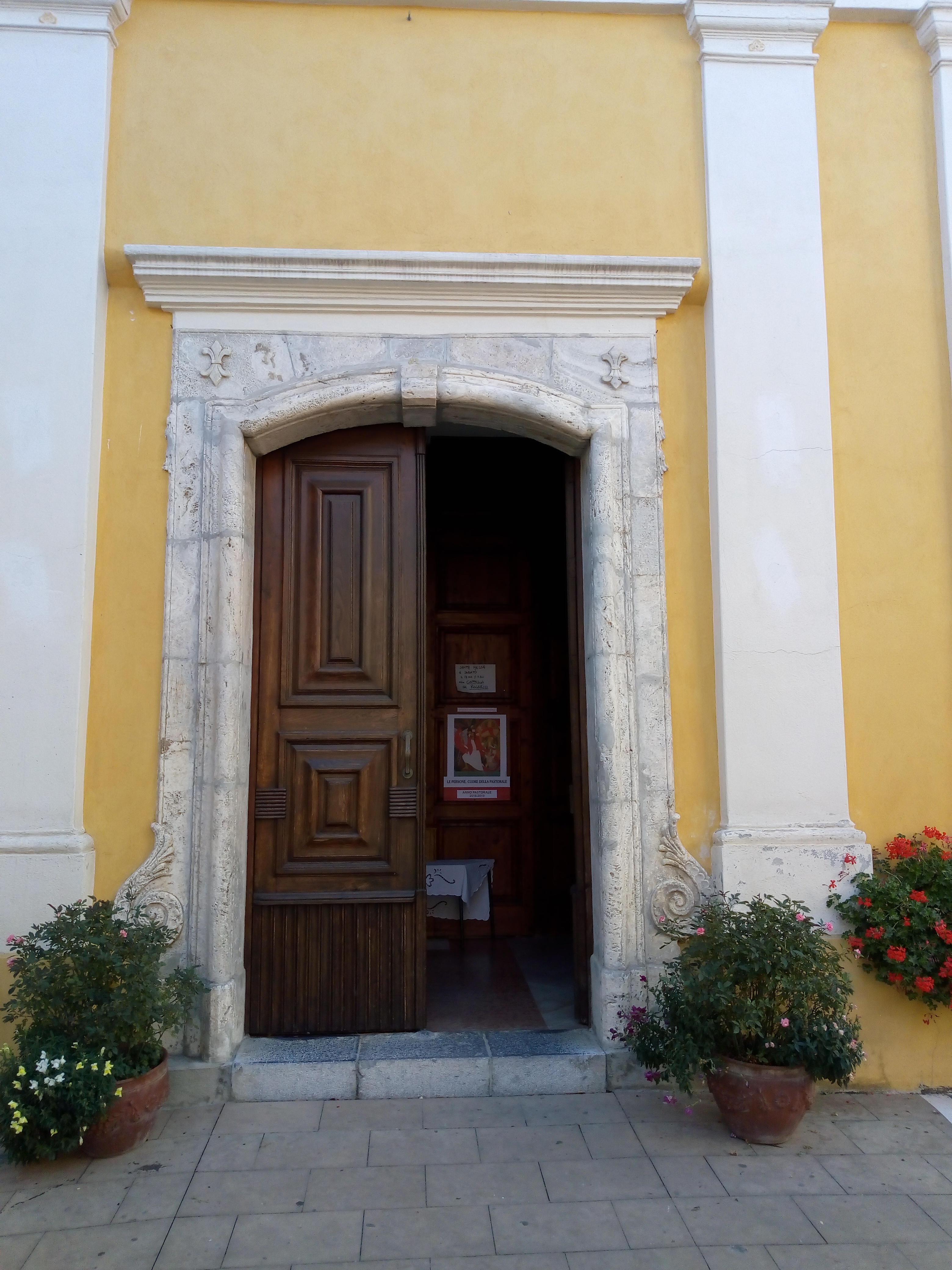 particolare-portale